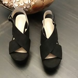 CL by laundry size 7 and 1/2 wedge